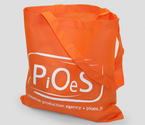 PiOeS woven bag